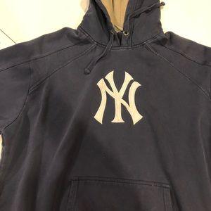 Other - Yankees sweatshirt Men's XL